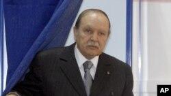 阿尔及利亚总统布特弗利卡(资料照)