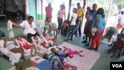 Moçambique: Crianças deficientes recebem ajuda neste Natal