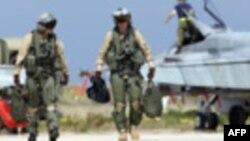 NATO vazhdon përpjekjet për të transferuar kontrollin e misionit në Libi