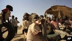 Εντείνεται η διαμάχη του Σουδάν με το Νότιο Σουδάν