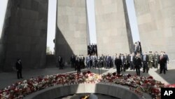 Ermenistan Başbakanı Nikol Paşinyan, Erivan'da anma etkinliğine katıldı.