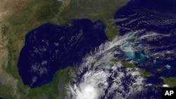 작년 10월 NASA 위성이 촬영한 허리케인 '리나'. (자료사진)