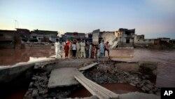 Des inondations près d'Islamabad, la capitale du Pakistan (AP)