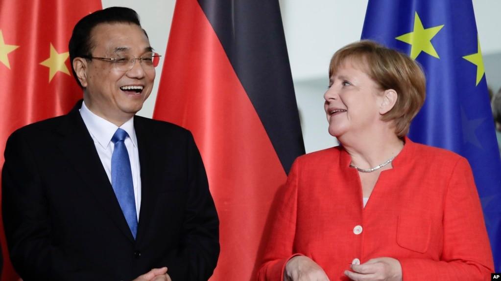 中國總理李克強2018年7月9日會見德國總理默克爾(美聯社)