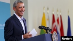 바락 오바마 미국 대통령이 16일 미-아세안 정상회의가 열린 캘리포니아주 서니랜즈에서 기자회견을 가졌다.