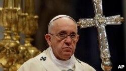 罗马天主教宗方济各曾亲自调节美古关系。
