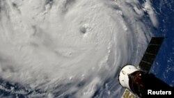 Satelitski snimak uragana Florens
