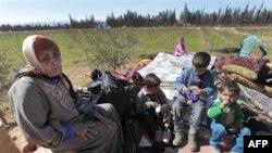Сирийские беженцы в ливанской деревне Каа на границе с Сирией. 5 марта 2012 г.