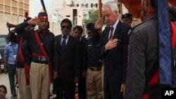 'پاکستان میں قانون نافذ کرنے والے اداروں سے تعاون جاری رہے گا'