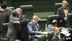İran parlamenti yeni neft nazirinin təyinatını təsdiq edib