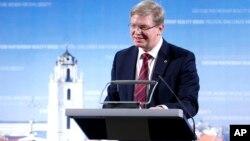 Komisaris Perluasan Uni Eropa Stefan Fuele, di Brussels Kamis (12/12), mengatakan Uni Eropa akan membantu pemerintah Kiev menegosiasikan pinjaman penting dari IMF (foto: dok).