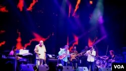 Pergelaran jazz tahunan di UGM, Yogyakarta. (Foto: VOA/Munarsih Sahana)