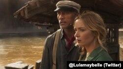 "Film ""Jungle Cruise"" yang diproduseri dan dibintangi oleh aktor laga Dwayne Johnson dan Emily Blunt. (Foto: @Lulamaybelle/Twitter)"