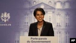 Najat Vallaud-Belkacem, ministre français de l'éducation, à l'époque où elle était aussi le porte-parole du gouvernement, le 17 mai 2012 à l'Elysée, Paris, France. (AP /Michel Euler)