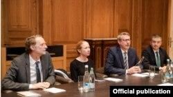 ევროპის საბჭოს, აშშ-ის, ევროკავშირისა და გერმანიის ელჩები საქართველოს ხელისუფლებას მოუწოდებენ შეთანხმება დაიცვას