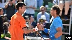 Novac Djokovic, hagu da Rafael Nadal, dawa