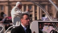 Pope Gives Final Audience