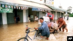Since Monday some 13 provinces are facing flooding problems.