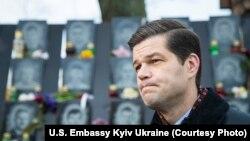 Wess Mitchell visits Kyiv