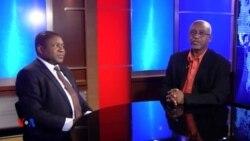 Rais Filipe Nyusi wa Msumbiji azungumza na Abdushakur Aboud