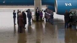 副总统彭斯在政权交接前慰问军队
