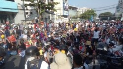 NLD ရုံးချုပ် လုံခြုံရေးတပ်တွေပိတ်ဆို့ ရှာဖွေ