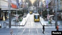 Suasana di pusat kota Melbourne, Australia tampak lengang di tengah pandemi Covid-19.