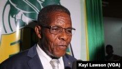 Me Joseph Kokou Koffigoh, écrivain et ancien Premier ministre togolais, Lomé, le 6 novembre 2019. (VOA/Kayi Lawson)