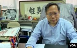 香港支联会副主席何俊仁强调,他不需要流亡,亦不需要解散支联会 (美国之音/汤惠芸)