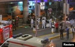 انفجار در ورودی فرودگاه رخ داد.