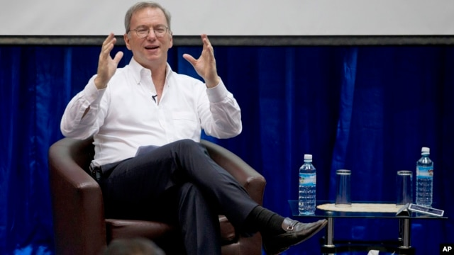 Google Executive Chairman Eric Schmidt gestures during  an interactive session with group of students at a technical university in Rangoon, Burma,  March 22, 2013.