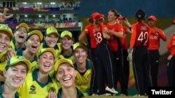 آسٹریلیا اور انگلینڈ کی کرکٹ ٹیمیں