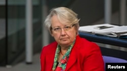 Germany's education minister resigned