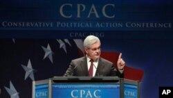 Bivši predsjedatelj Zastupničkog doma Newt Gingrich obraća se Konzervativnoj političkoj akcijskoj konferenciji u Washingtonu u veljači 2011.