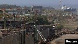 Las obras en el canal de Panamá han disminuido de ritmo a consecuencia del conflicto.
