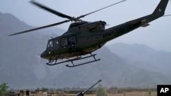 د پکتیا د ۲۰۲ سرحدي زون قوماندان جنرال عبدالبصيرخپلواک وايي پاکستاني ملیشې له طالبانو سره یو ځای د افغان ځواکونو پرضد جنګېږي.