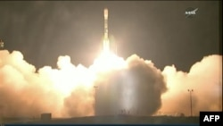 Raketa tipa Delta II poletela je rano jutros sa jednog uzletišta u Kaliforniji noseći novi meteorološki satelit