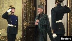 Afg'onistonda 20 yil urush olib borgan Rossiya tajribasi va maslahati ortiqchalik qilmaydi, deb hisoblaydi olima.