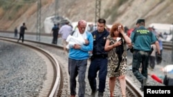 Train Accident in Spain Kills Dozens
