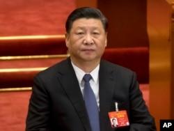 2019年3月12日中国国家主席习近平出席了在北京人民大会堂举行的中国人大全体会议。