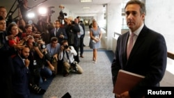 Ông Michael Cohen, luật sư của Tổng thống Donald Trump, nói với các phóng viên sau khi gặp các nhân viên trong Ủy ban Tình báo Thượng viện ngày 19/9/2017.