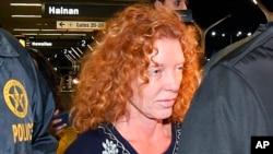 Tonya Couch al parecer huyó junto a su hijo Ethan, el pasado mes de noviembre cuando el joven supuestamente había violado su orden de probatoria o libertad condicional.