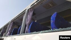 Autobus oštećen u ekploziji blizu piramida u Gizi, 19. maj 2019.