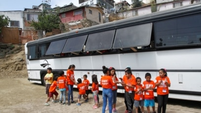 A Bus Becomes a School for Migrant Children in Mexico