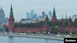A view of Moscow's Kremlin, Ministry of Foreign affairs and Moscow City business district, October 18, 2011.