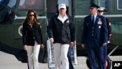 美國總統川普星期四前往佛羅里達西南部,聽取颶風艾瑪後恢復工作的簡報。