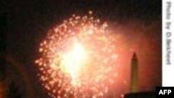 مردم آمریکا زاد روز کشور خود را در روز ۴ ژوئیه جشن می گیرند