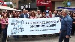 Hekimlere Verilen Ceza İzmir'de Protesto Edildi
