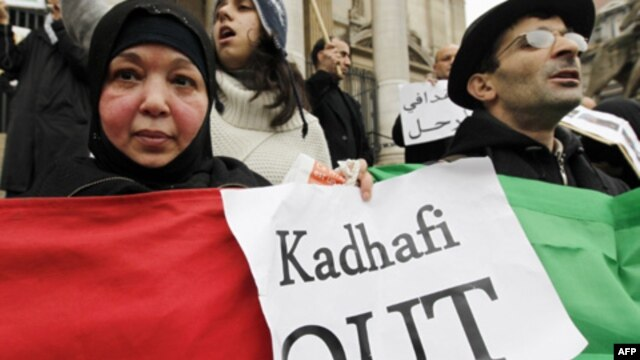 Cảm hứng từ cách mạng Bắc Phi: Bầu cử ô nhục và bầu cử vinh quang