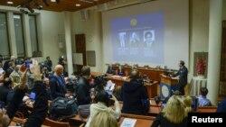 L'annonce des lauréats du prix Nobel 2015 en médecine